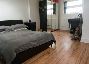 Thumbnail 1 bed flat to rent in Sydney Road, Turnpike Lane, London