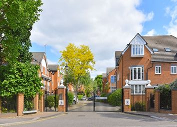 Thumbnail 4 bed terraced house to rent in Brondesbury Park, London