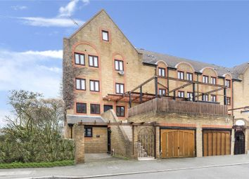 Thumbnail 6 bed flat for sale in Rotherhithe Street, London