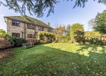 5 bed detached house to rent in Woodlands Drive, Sunbury-On-Thames TW16