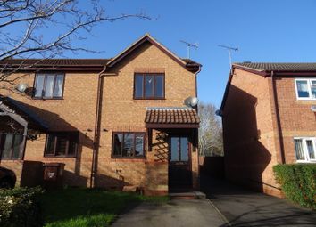 Thumbnail 2 bed property to rent in Coopers Green, Bicester