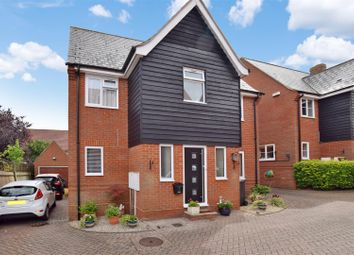 Thumbnail Detached house for sale in Balls Chase, Halstead
