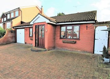 2 bed detached bungalow for sale in John Eliot Close, Nazeing, Waltham Abbey EN9