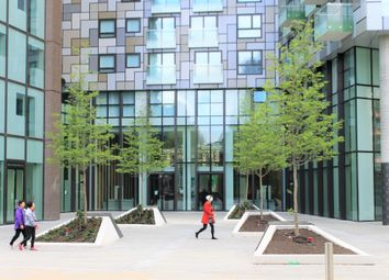 Lincoln Plaza, Duckman Tower, Millharbour, Canary Wharf, London E14. 1 bed flat
