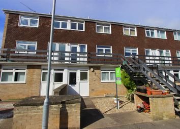 Thumbnail 1 bed flat to rent in Knoll Avenue, Darlington