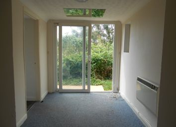 Thumbnail Studio to rent in Ash Hill Road, Torquay