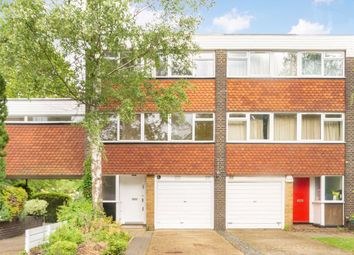 5 bed property to rent in Edgehill Road, London W13