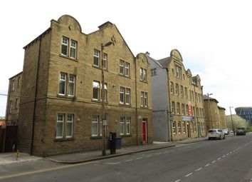 Thumbnail 1 bedroom flat to rent in Oldgate, Huddersfield
