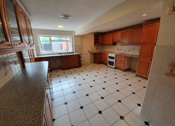Thumbnail 5 bed property to rent in The Glade, Braunstone, Leicester