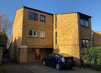 Thumbnail 1 bed flat to rent in Cross Road, Uxbridge
