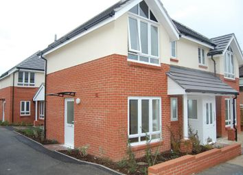 Thumbnail Studio to rent in Hardy Road, Parkstone, Poole