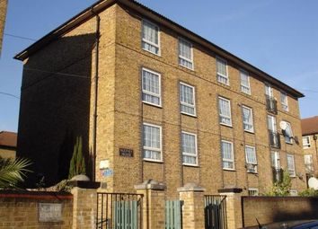 Thumbnail 5 bedroom flat to rent in Rodney House, Isle Of Dogs