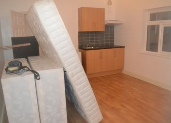 Thumbnail Studio to rent in Whitton Road, Hounslow