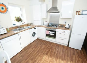 Thumbnail 1 bed flat for sale in Barrow Hall House, Woodside, Grays