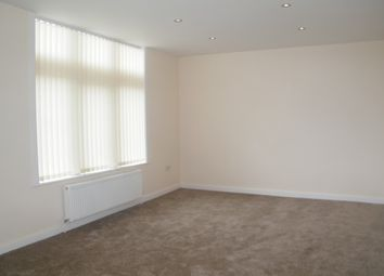 Thumbnail 2 bed flat to rent in Southport