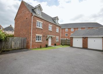 Thumbnail 5 bed detached house for sale in Endeavour Road, Swindon