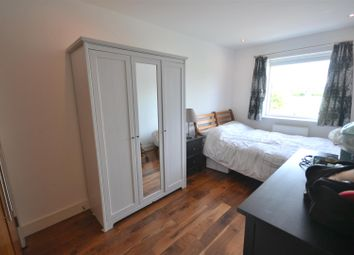Thumbnail 2 bed flat to rent in Haydons Road, London