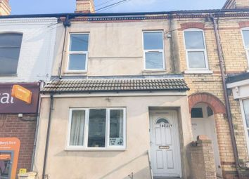 Thumbnail 2 bedroom flat to rent in Welholme Road, Grimsby