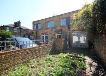 3 bed maisonette to rent in Englefield Road, Islington, London N1