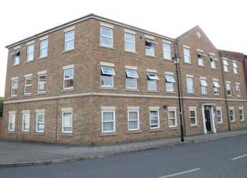 Thumbnail 2 bed flat to rent in Kingsgate, Aylesbury