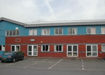 Thumbnail Commercial property to let in Kingfisher Court, Newbury