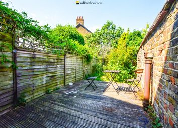 Thumbnail 4 bedroom flat to rent in Durnsford Road, London