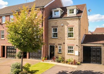 Thumbnail 3 bed town house for sale in Barleyfields Close, Ackworth, Pontefract