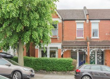 Thumbnail 2 bed flat for sale in Princes Avenue, London