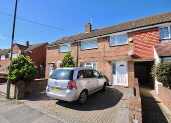 3 bed detached house to rent in Forestside Avenue, Havant PO9