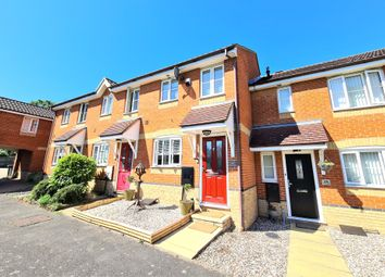 2 bed terraced house for sale in Heron Close, Rayleigh, Essex SS6
