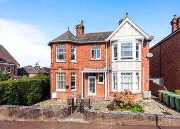 Thumbnail 4 bedroom maisonette for sale in Oakdale Road, Tunbridge Wells
