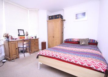 Thumbnail 2 bed flat to rent in Courtney Road, Islington