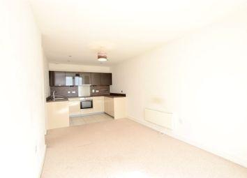 Thumbnail 2 bed flat to rent in K D Tower, Cotterells, Hemel Hempstead, Hertfordshire