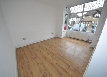 Thumbnail 1 bedroom flat to rent in Heath Park Road, Romford Essex