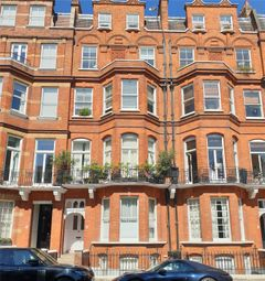 Egerton Gardens, Knightsbridge, London SW3. 2 bed flat