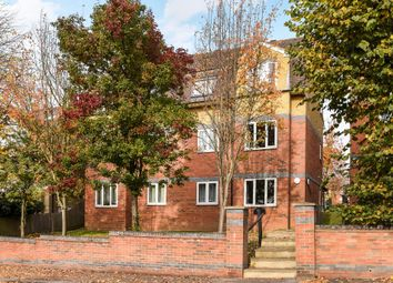 Thumbnail 2 bedroom flat for sale in Braeburn Court, Barnet EN4,