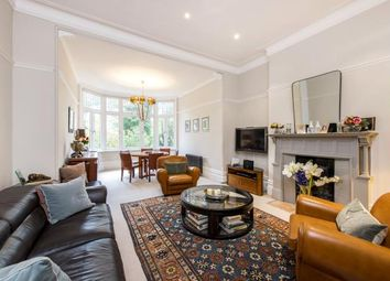 Thumbnail 2 bed flat for sale in Chesterford Gardens, Hampstead, London