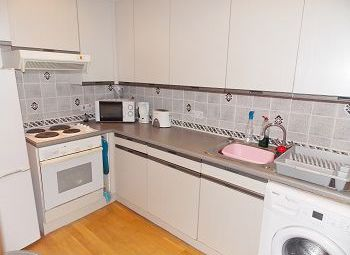 Thumbnail 2 bed flat to rent in Tait's Lane, Dundee