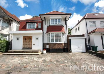 5 bed property to rent in Alderton Crescent, Hendon, London NW4