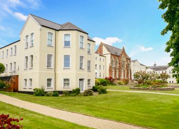 Thumbnail 2 bedroom flat for sale in Redwood House, Charlton Road