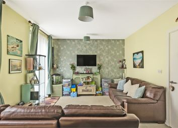 Greensted Court, Godstone Road, Whyteleafe, Surrey CR3. 1 bed flat