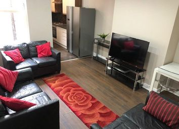 7 bed terraced house to rent in Club Garden Road, Sheffield S11