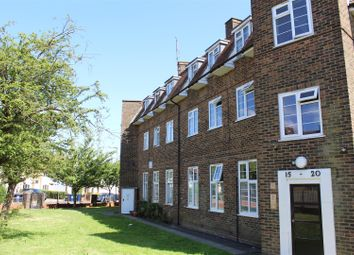 Thumbnail 2 bed flat for sale in Chesterfield Flats, Bells Hill, Barnet