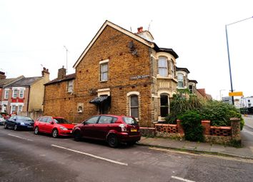 Thumbnail 3 bed flat to rent in Cumberland Villas, Milton Road, Gravesend