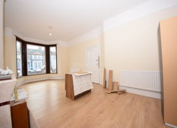 Thumbnail 8 bed terraced house to rent in Mayfair Avenue, Ilford