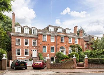 Thumbnail 4 bed flat to rent in Redington Gardens, Hampstead