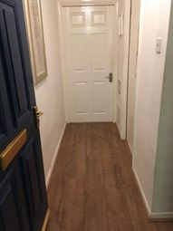 Thumbnail 1 bed flat to rent in Barlow Street, Southwark