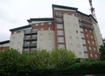 Thumbnail 1 bed flat to rent in Aspects Court, Slough