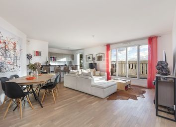 Thumbnail 3 bed apartment for sale in Suresnes, Suresnes, France