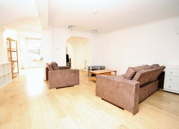 Thumbnail 1 bed flat to rent in Grosvenor Avenue, Islington